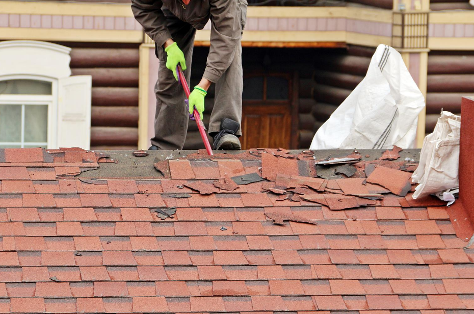 5 Signs Your Home Needs A New Roof
