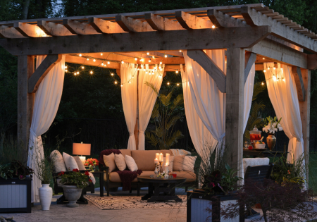 Tips for Turning Your Backyard Into a Summer Destination